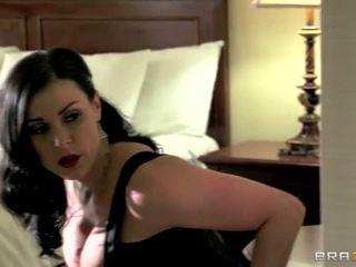 Kendra lust discovered sie neighbors im die hotel were