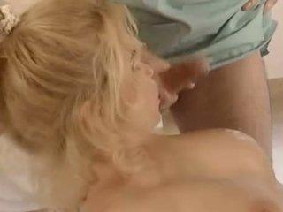 se brunette stor, dobbel penetrasjon karakter, vaginal sex mest